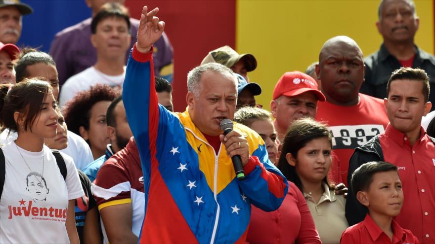 El presidente de la ANC de Venezuela, Diosdado Cabello, habla en una marcha a favor del Gobierno en Caracas, 23 de enero de 2019. (Foto: AFP)
