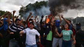 """""""EEUU busca crear 'gobierno en exilio' en Venezuela como en Siria"""""""