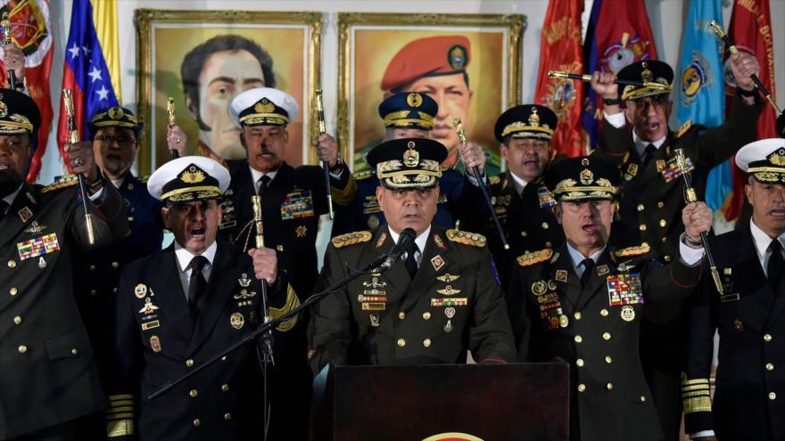 FFAA de Venezuela se oponen a golpe de Estado en marcha de Guaidó