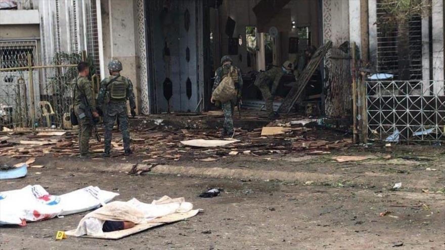 Doble explosión en una catedral en Filipinas deja 27 muertos | HISPANTV