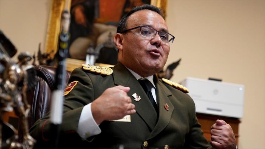 El agregado de Defensa de Venezuela en EE.UU., el coronel José Luis Silva Silva, en la embajada venezolana en Washington. (Foto: Reuters)
