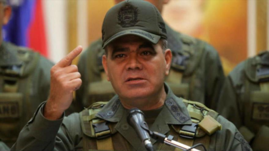 El ministro de Defensa de Venezuela, Vladimir Padrino, habla del golpe de Estado contra el presidente Nicolás Maduro, 5 de agosto de 2018.
