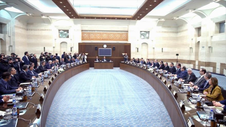 Reunión entre las delegaciones de Irán (izda.) y Siria en Damasco, 28 de enero de 2019. (Foto: fvpresident.ir)