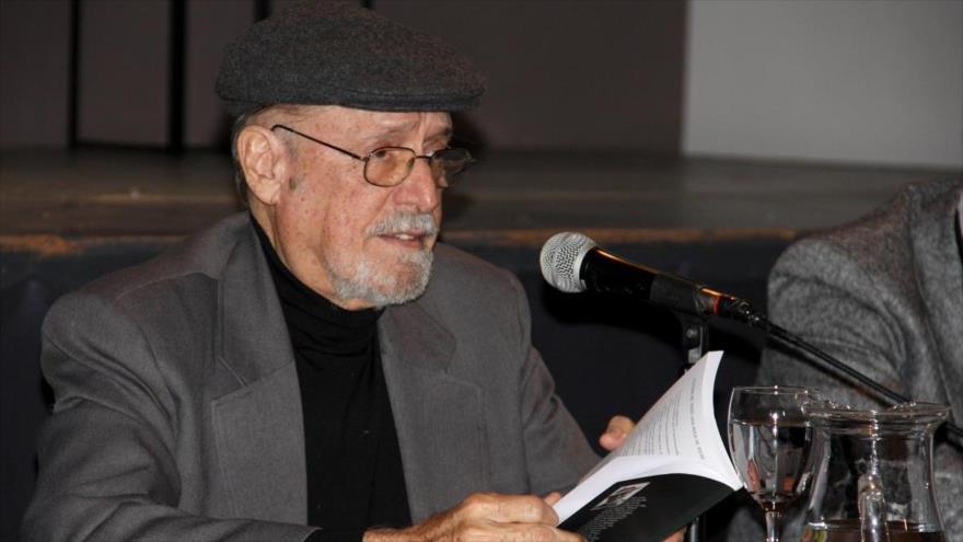 El intelectual cubano Roberto Fernández Retamar, galardonado con el premio internacional José Martí de la Unesco 2019.