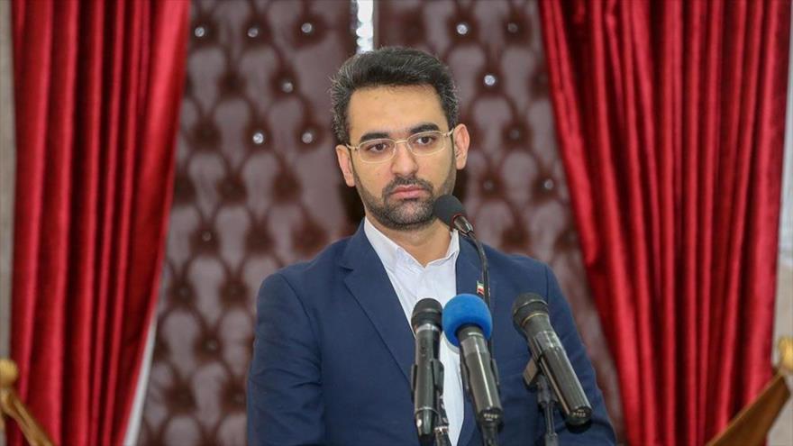 El ministro de Tecnología de Información y Comunicaciones de Irán, Mohamad Yavad Azari Yahromi, en una conferencia en Teherán, 29 de enero de 2019.