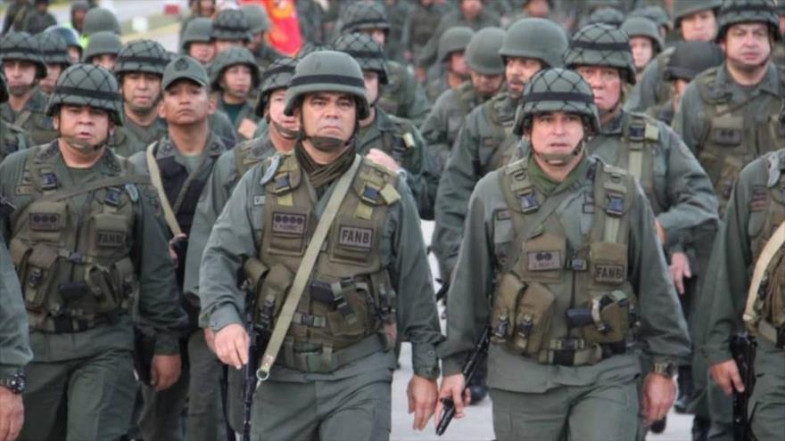 "La Defensa de Venezuela alerta que ""espera a los mercenarios"" | HISPANTV"