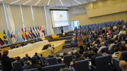 El Parlatino condena la intervención extranjera en Venezuela