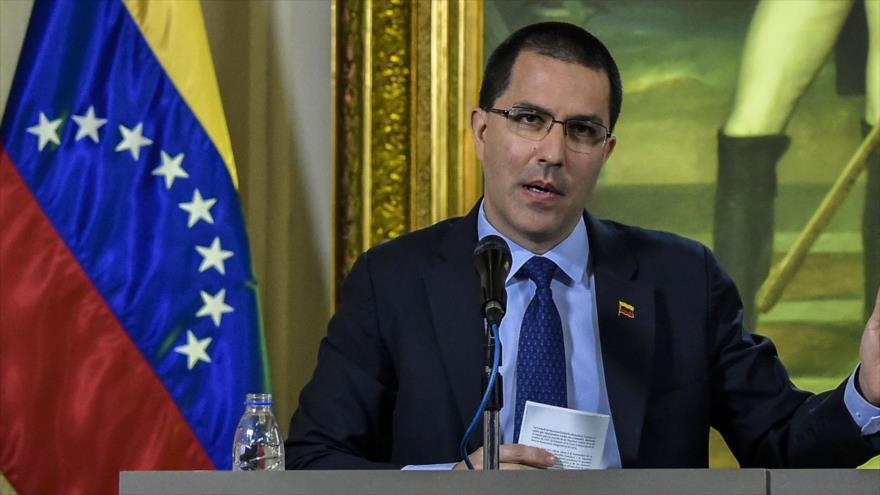 El canciller venezolano, Jorge Arreaza, en una rueda de prensa en el Ministerio de Relaciones Exteriores, Caracas, 28 de enero de 2019. (Foto: AFP)