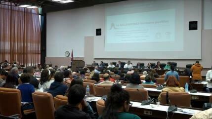 Intelectuales debaten en Cuba sobre problemáticas mundiales