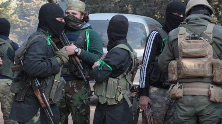 Turquía acusa a coalición de EEUU de apoyar a terroristas en Siria
