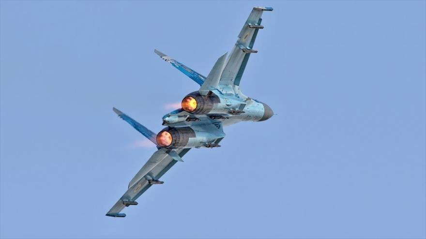 Vídeo: Su-27 ruso hace huir a un F-15 de la OTAN