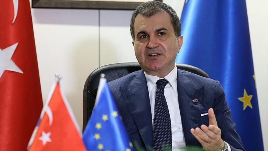 Turquía: Occidente llama a la democracia y luego asigna a un presidente interino