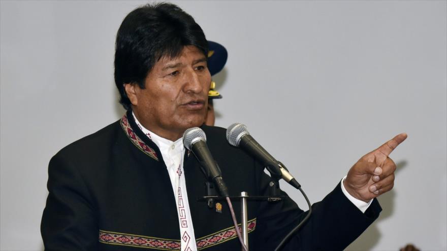 Morales llama a apoyar diálogo en Venezuela contra belicismo de EEUU