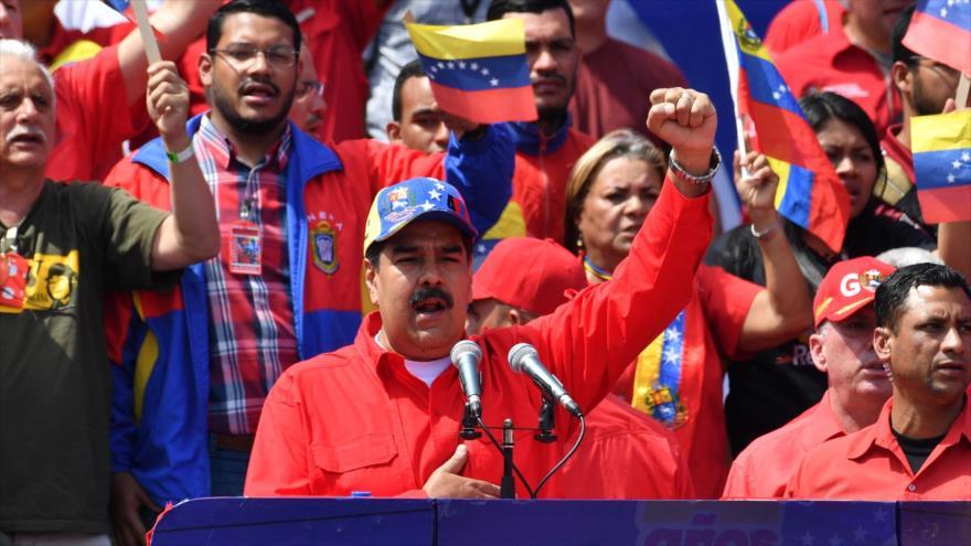Maduro llama al diálogo porque fracasó el golpe de Estado