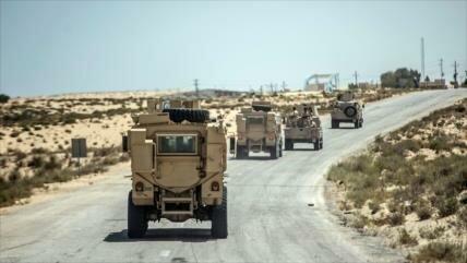 Soldados egipcios matan a varios terroristas en desierto