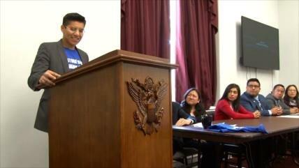 Dreamers luchan para recuperar permiso de viajero en EEUU