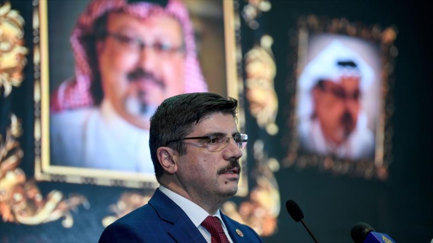 Yasin Aktay, asesor del presidente turco, asiste a un acto conmemorativo en memoria de Khashoggi, 11 de noviembre de 2018. (Foto: AFP)