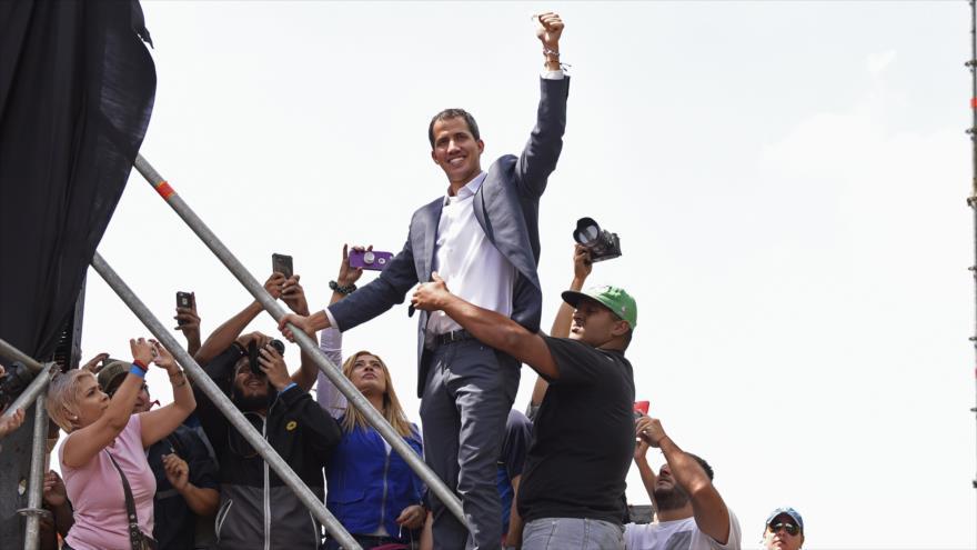 """Francia admite legitimidad de Guaidó para """"convocar elecciones"""" en Venezuela"""