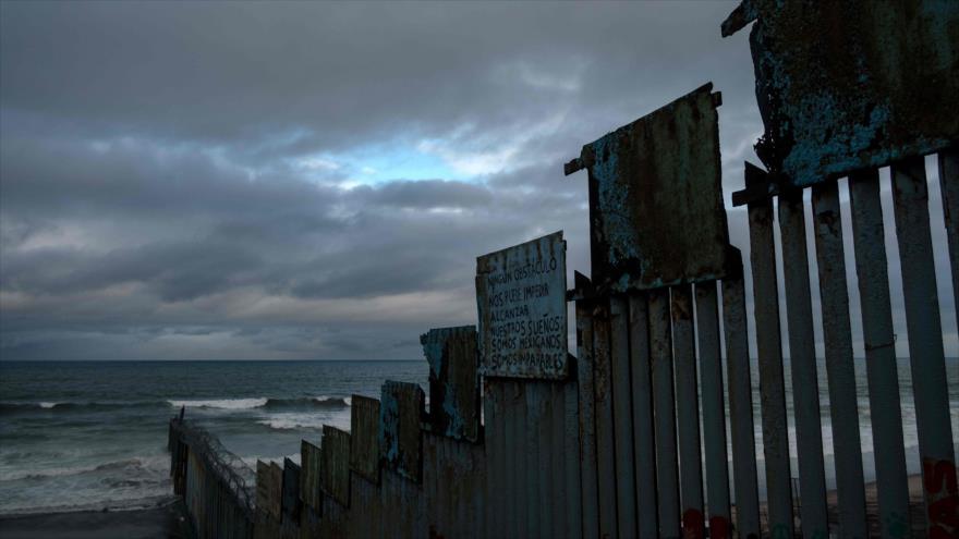 La valla fronteriza entre México y Estados Unidos en Tijuana, estado de Baja California, México, 5 de febrero de 2019. (Foto: AFP)
