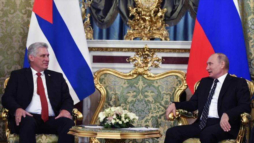 Rusia aprueba un crédito a Cuba para lacompra de armas