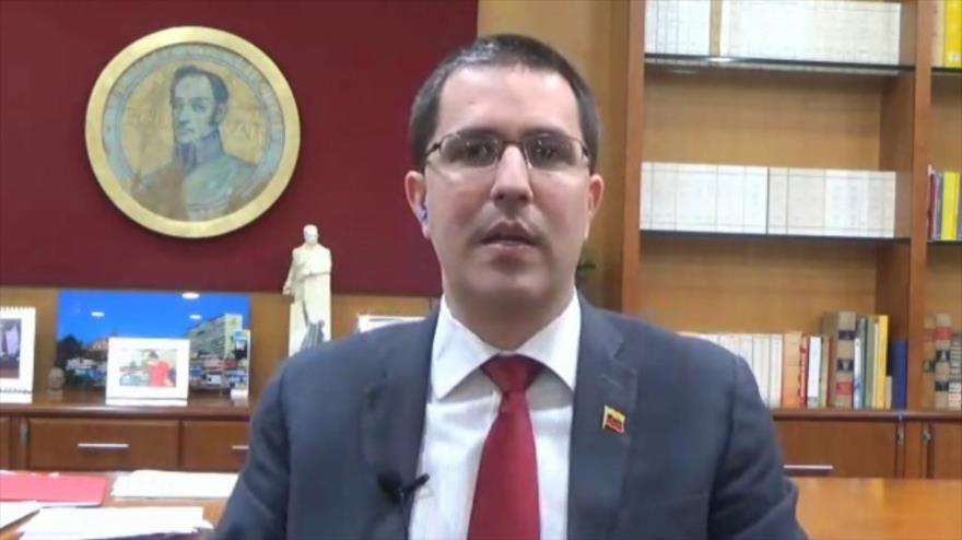 """Arreaza: Crisis humanitaria en Venezuela es mentira y un """"show"""" de EEUU"""