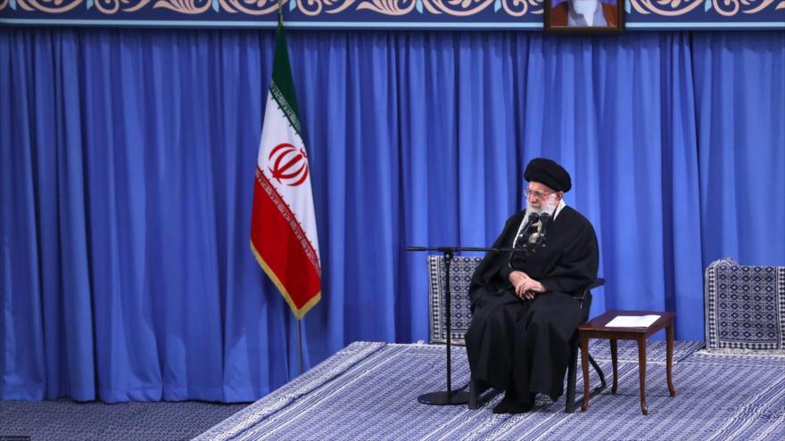 Líder: iraníes atemorizarán al enemigo en marcha del 22 de Bahman