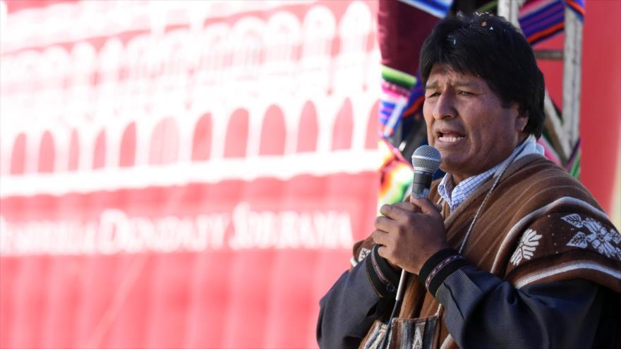 """Morales repudia la """"doble moral"""" de EEUU sobre ayuda a Venezuela"""