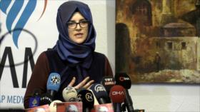 La compañera de Jamal Khashoggi habla delante de los medios