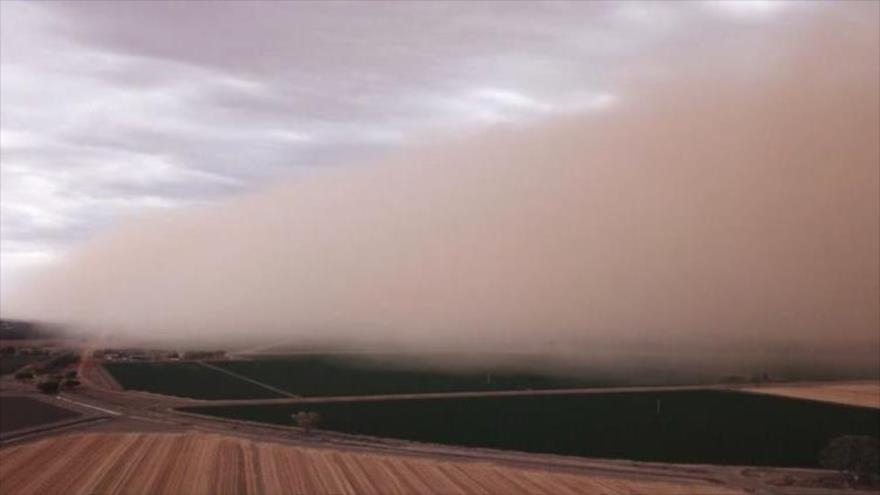 """Vídeo: Gran tormenta de arena crea paisaje """"marciano"""" en Australia"""