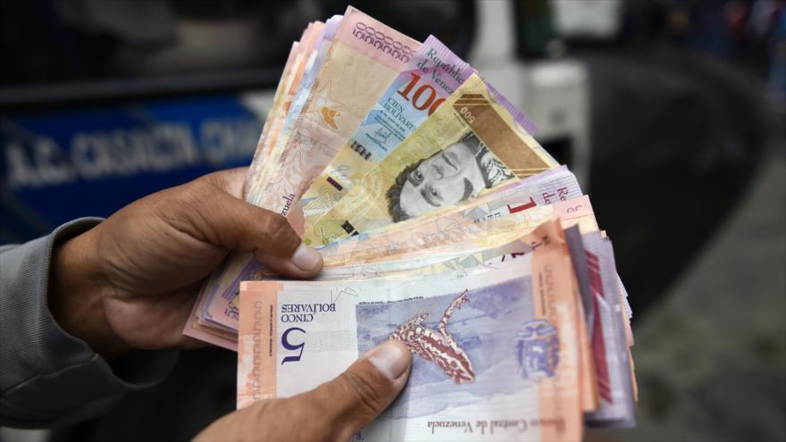Venezuela ha perdido 350 000 millones de dólares por las sanciones | HISPANTV