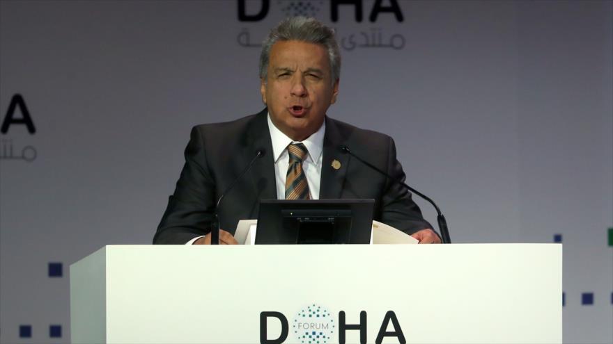 El presidente de Ecuador, Lenín Moreno, habla en la inauguración de una conferencia en Dohe, capital catarí, 15 de diciembre de 2018. (Foto: AFP).