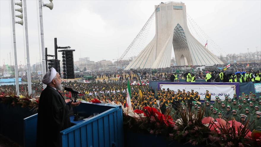 Rohani alaba épicas marchas del 22 de Bahman pese a complots enemigos
