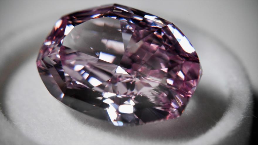 Fotos: Diamantes únicos del mundo se exhiben en Rusia