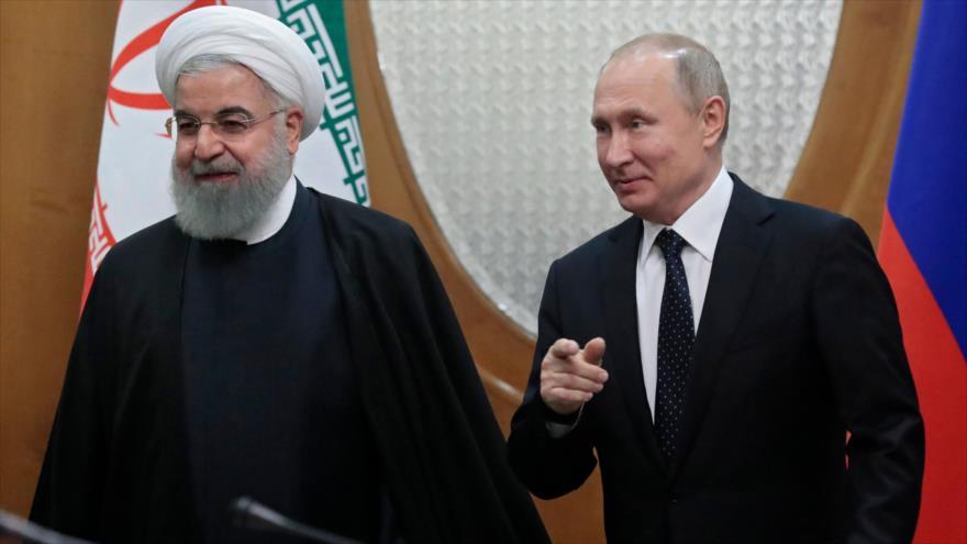 Putin se reúne con Rohani y valora el rol positivo de Irán en Siria