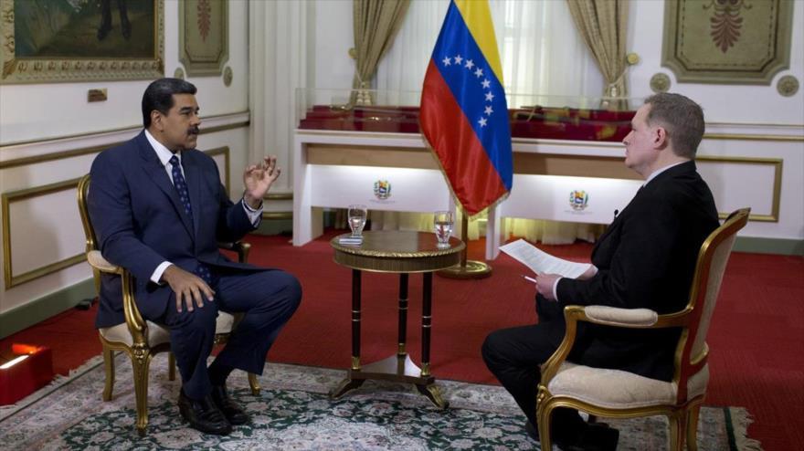 Maduro pide a Trump retirar su 'mano infectada' de Venezuela
