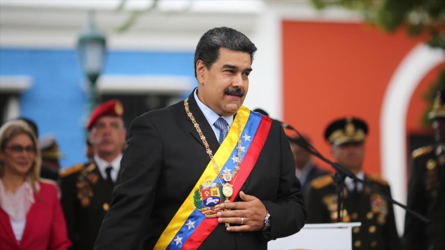 "Maduro califica la ayuda humanitaria de EEUU de ""comida podrida"""