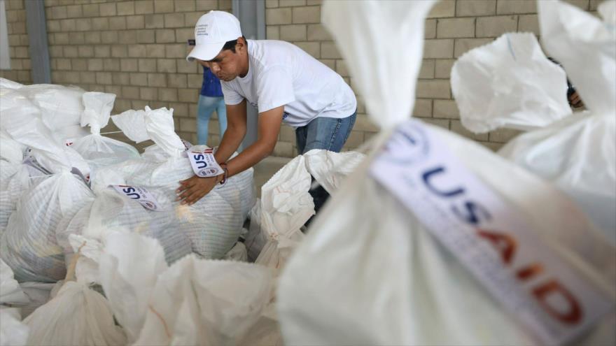 """EEUU envía """"ayuda"""" a frontera venezolana con aviones militares"""