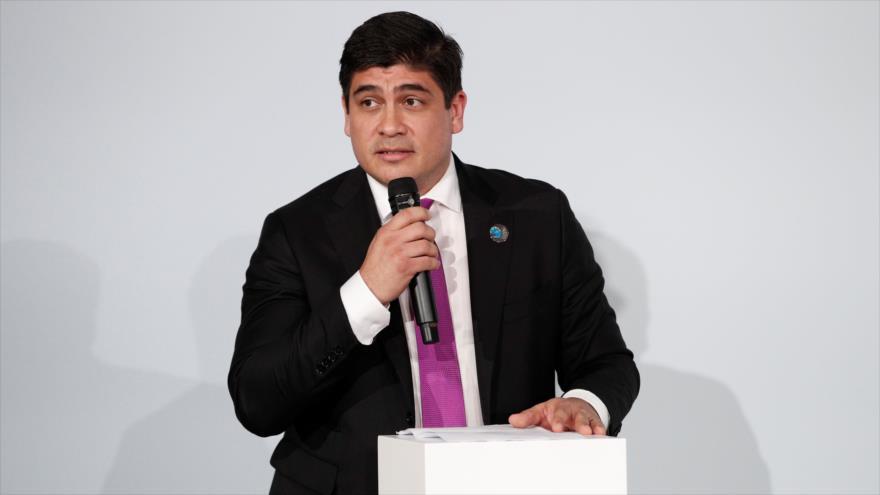 El presidente de Costa Rica, Carlos Alvarado, pronuncia un discurso en París, capital de Francia, 11 de noviembre de 2018. (Foto: AFP)
