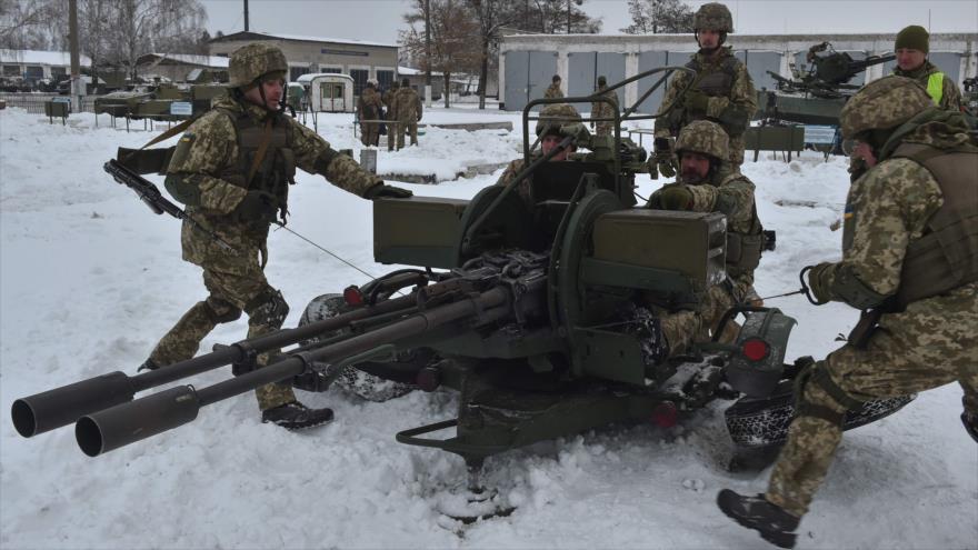 EEUU reta a Rusia y destina $ 700 millones en ayudas a Ucrania | HISPANTV