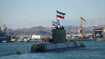 Irán revela un nuevo submarino de fabricación nacional