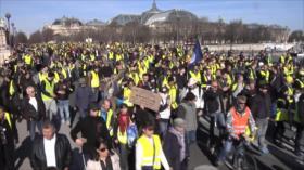"Movimiento de ""chalecos amarillos"" franceses cumple tres meses"