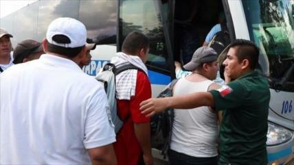Detienen a unos 200 migrantes en frontera entre México-Guatemala