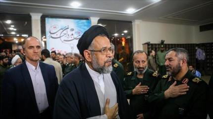 'Ciertos servicios de inteligencia intentan conspirar contra Irán'