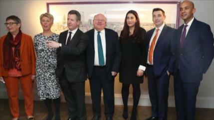 7 miembros laboristas abandonan el partido británico