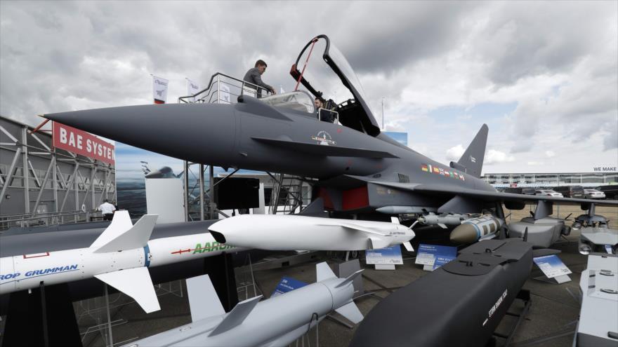 Reino Unido advierte a Alemania contra el cese de venta de armas a Riad