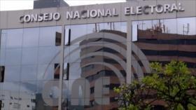 Ruptura en el CNE de Ecuador durante plena campaña política