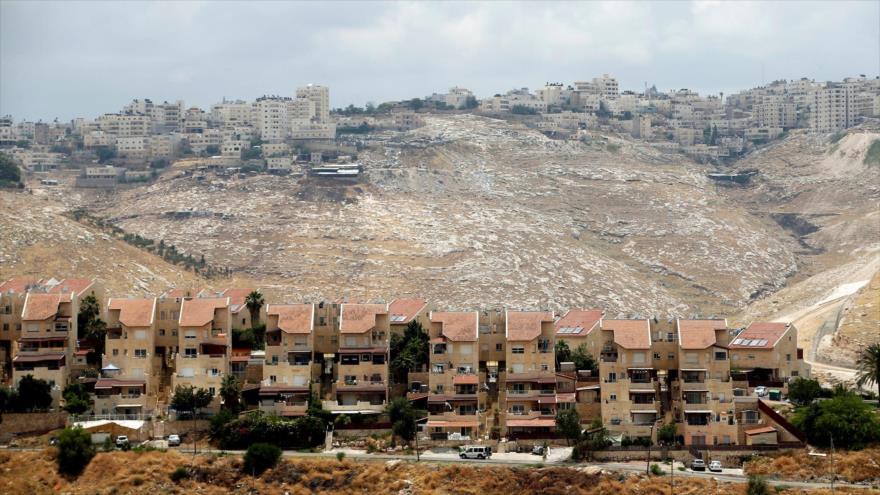 Vista de las casas ilegales construidas para los colonos israelíes en el asentamiento Maale Adumin, en la ocupada Cisjordania. (Foto: Reuters)