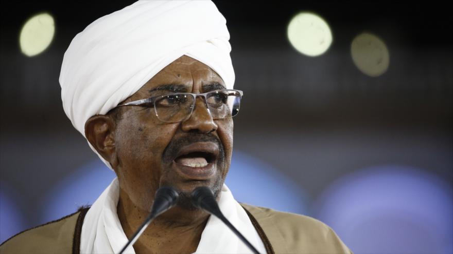 El presidente de Sudán, Omar al-Bashir, 22 de febrero de 2019. (Fuente: AFP)
