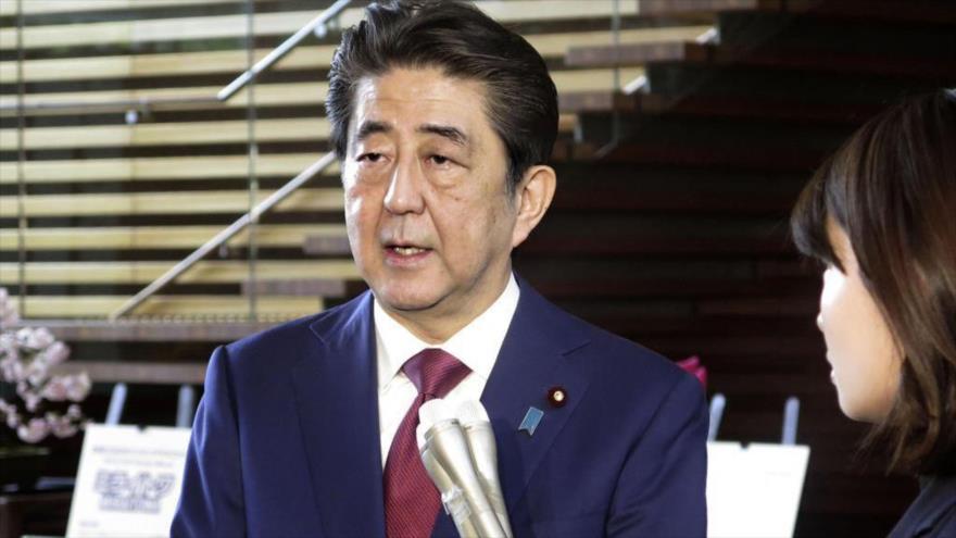 Abe ignora referéndum y sigue defendiendo base de EEUU en Okinawa | HISPANTV