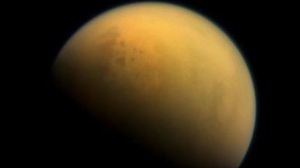 NASA: En Titán podría haber alguna forma de vida